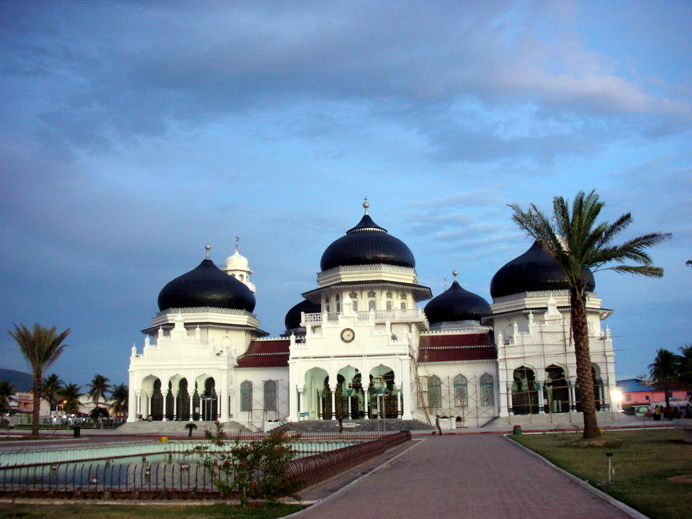 Indahnya Masjid Raya Baiturrahman