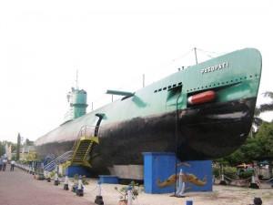 monumen-kapal-selam-surabay