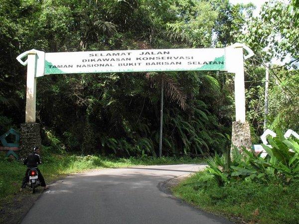 Menyambangi Lampung Nan Molek