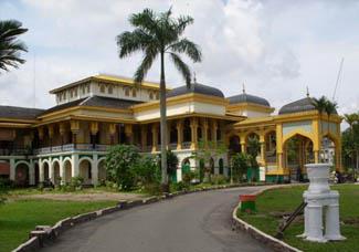 Istana Maimoon Cermin Kematangan Tradisi Melayu
