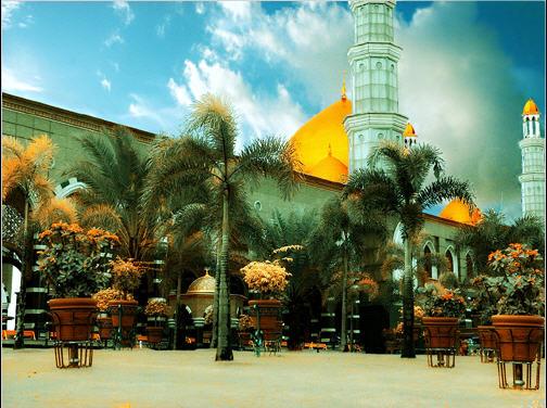Masjid Kubah Emas di Kota Depok