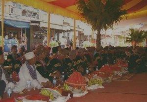 Makan Bajamba Kemasan Pariwisata dari Akar Budaya
