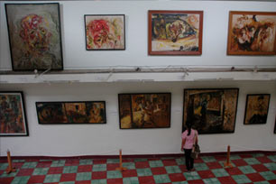 Mengunjungi Museum Bagi Pecinta Seni Lukis
