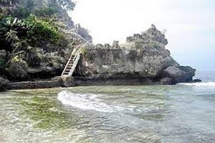 Pantai Dato, Satu Keindahan di Sulawesi Barat