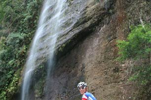 Terpesona di Lembah Harau