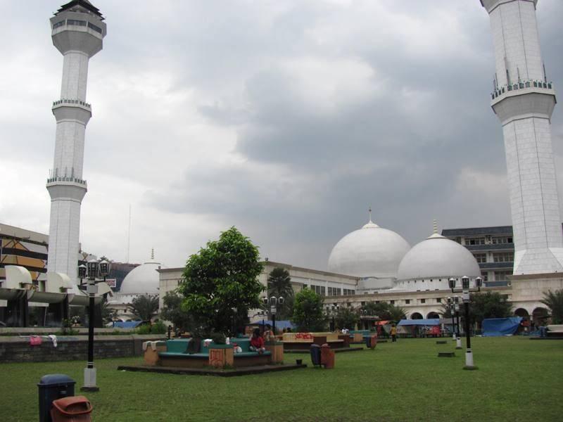Masjid Raya Bandung, Mahakarya Arsitektur Islam di Kota Kembang