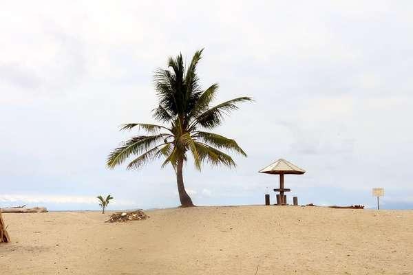 Laguna Helau, Bentangan Pasir Putih di Lampung Selatan
