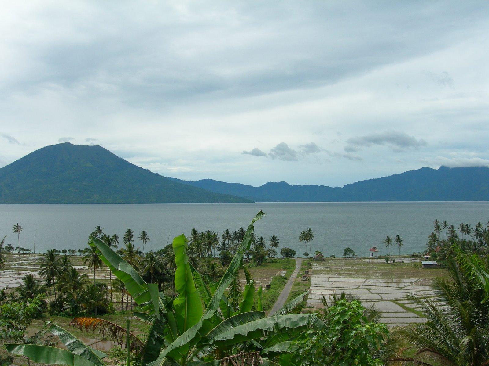 Danau Ranau: Wisata yang Masih Menjadi Misteri