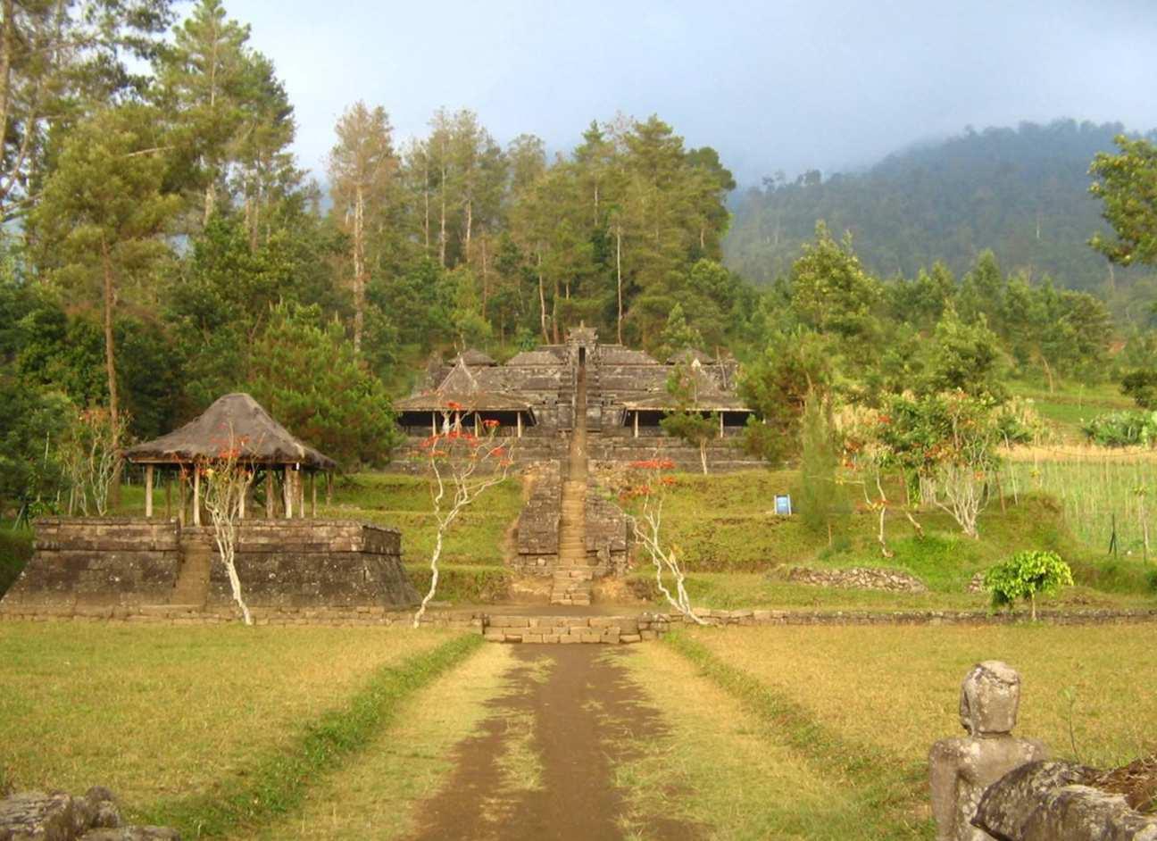 Candi Seto – Wisata Sejarah Peninggalan Raja Brawijaya
