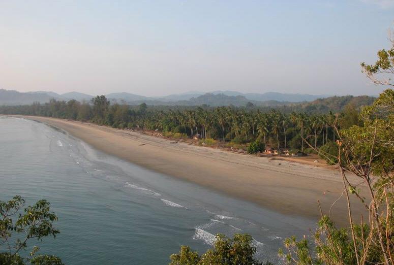 Pantai Taipa Wisata Primadona di Konawe Utara