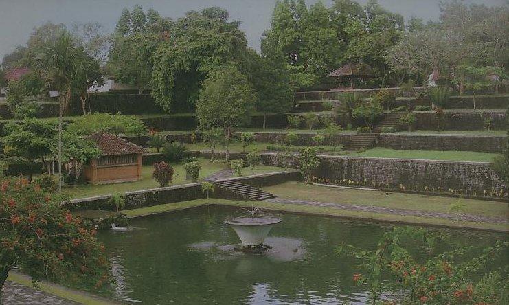 Taman Air Narmada, Taman Air Awet Muda