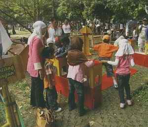 Kampoeng Maen: Rekatkan Keluarga Lewat Keceriaan