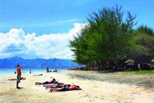 Pantai Sire Medana, Koleksi Pantai Terindah Lombok